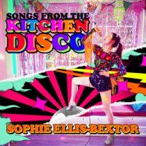 Fullspäckat Discoalbum med Spphie Ellis-Bexter piggar upp i Coronatider